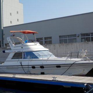 プリンセス 330 平成2年式 極上艇 発電機、エアコン付